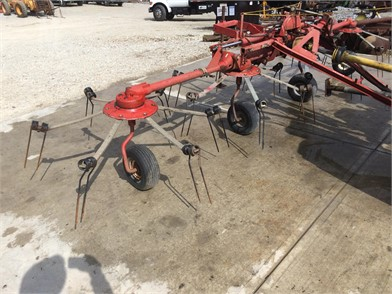 NEW IDEA Rakes/Tedders Auction Results - 65 Listings
