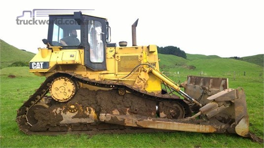 0 Caterpillar D5H LGP II - Heavy Machinery for Sale