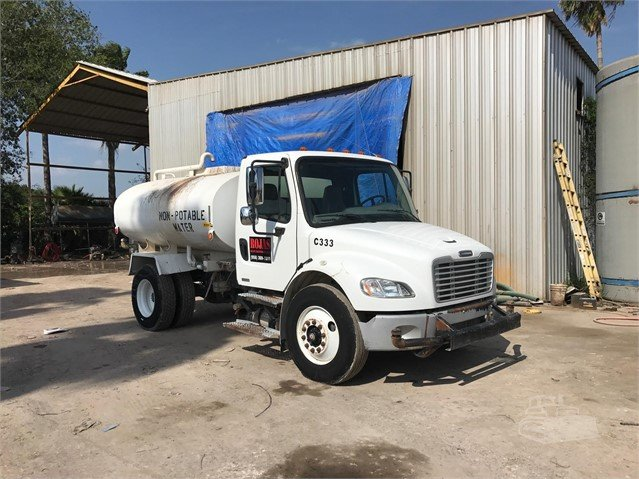 2006 FREIGHTLINER BUSINESS CLASS M2 106 For Sale In Alamo, Texas