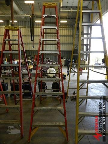 MachineryTrader li | WERNER 10' FIBERGLASS LADDER Auction