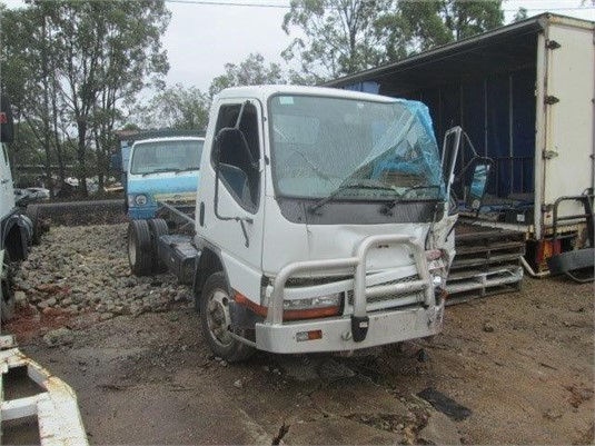 2004 Mitsubishi Fuso CANTER FE5-109 - Wrecking for Sale