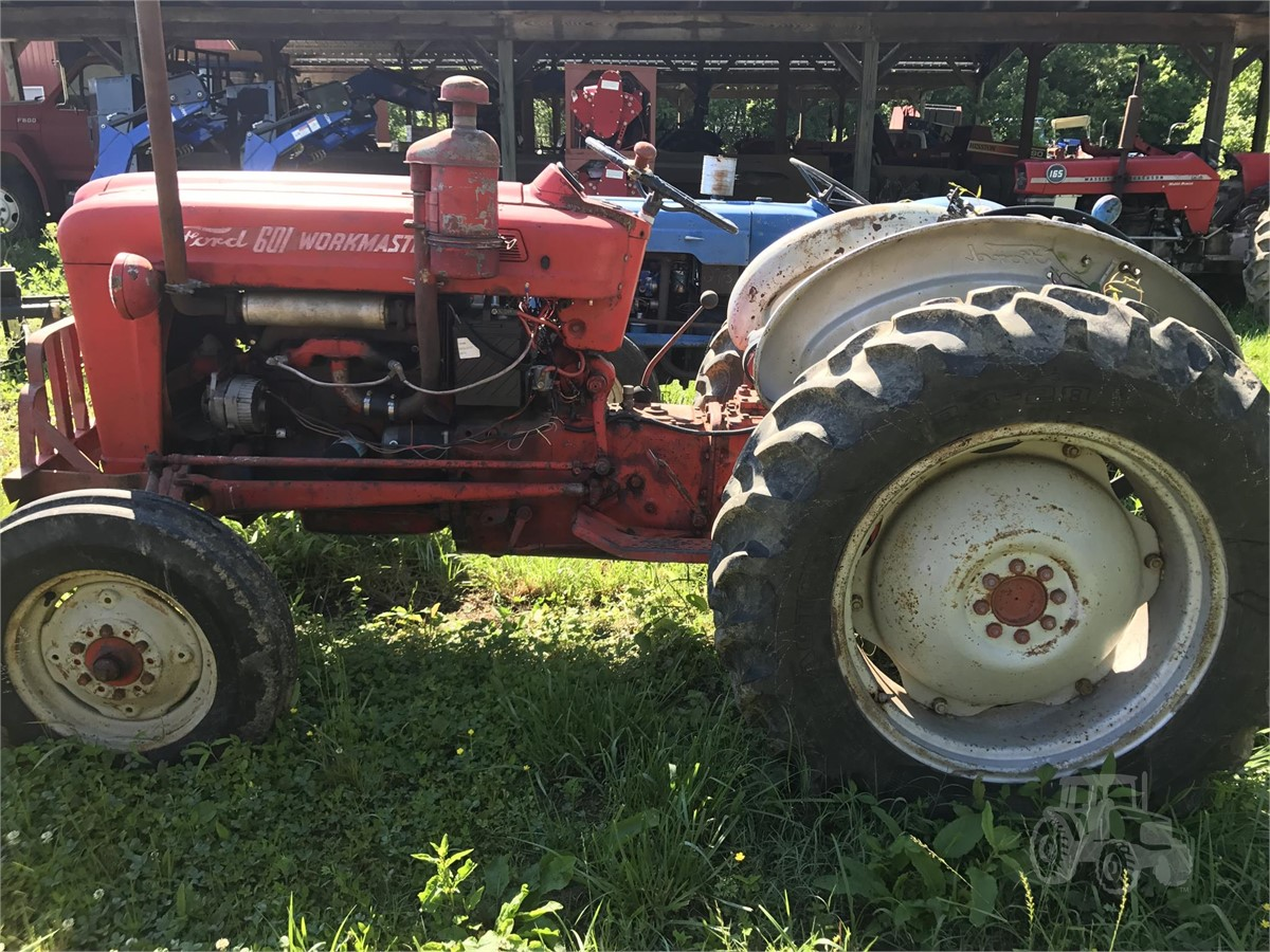 1960 Ford Tractor 601 : Ford tractorhouse
