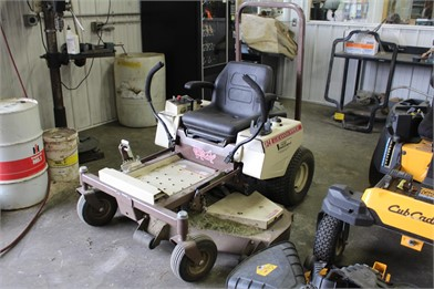 GRASSHOPPER Zero Turn Lawn Mowers Auction Results - 92