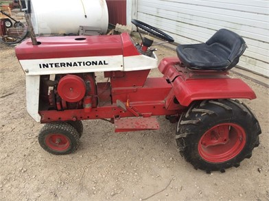 INTERNATIONAL Riding Lawn Mowers Auction Results - 21 Listings