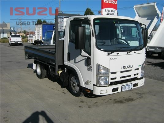 2011 Isuzu NLR Used Isuzu Trucks - Trucks for Sale