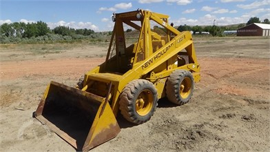 NEW HOLLAND Wheel Skid Steers Auction Results - 253 Listings