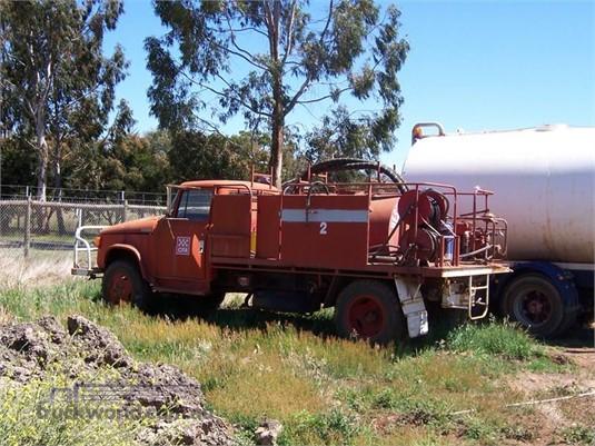 1900 International D1610 - Trucks for Sale