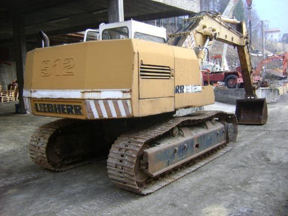Liebherr A912 LITRONIC