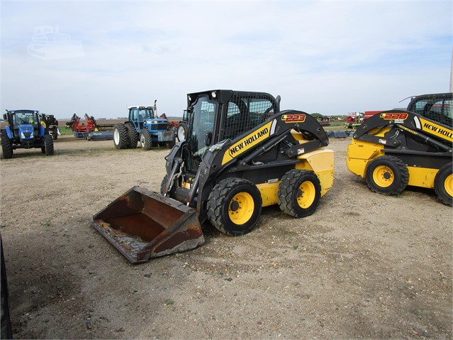 New Holland L Wiring Schematic on new holland l180, new holland small skid steers, new holland l218, new holland l225, new holland l220, new holland l230, new holland l185, new holland skid loaders 225, new holland l35 specs, new holland l228, new holland ls190, new holland lx485, new holland c232, new holland l160, new holland ls180,