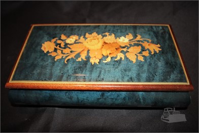SWISS MUSICAL MOVEMENT WOOD MUSIC BOX Other Auction Results - 1