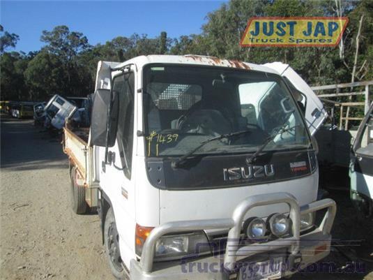 2004 Isuzu NKR Just Jap Truck Spares - Trucks for Sale