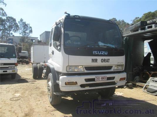 1999 Isuzu FVR - Trucks for Sale