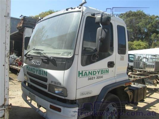 2003 Isuzu FSR - Trucks for Sale