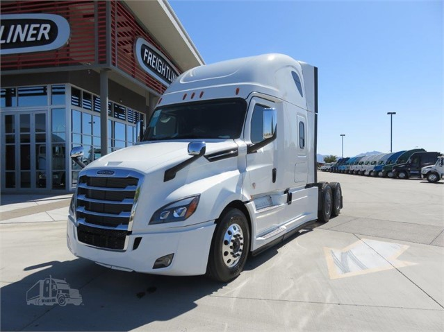2020 FREIGHTLINER CASCADIA 126 For Sale In Tolleson, Arizona