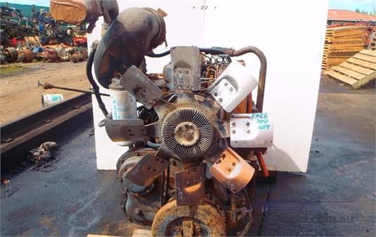 0 Mack E6 Mack - Parts & Accessories for Sale