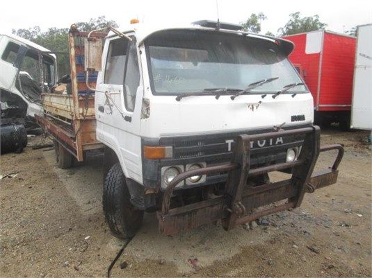 1985 Toyota Dyna 400 - Wrecking for Sale