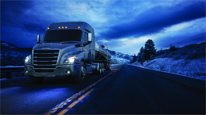 Freightliner Adds New Mid-Roof Cab Configurations For Cascadia