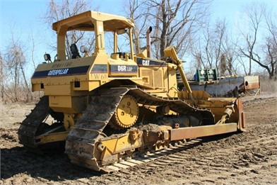 Caterpillar Crawler Dozers Auction Results - 2027 Listings