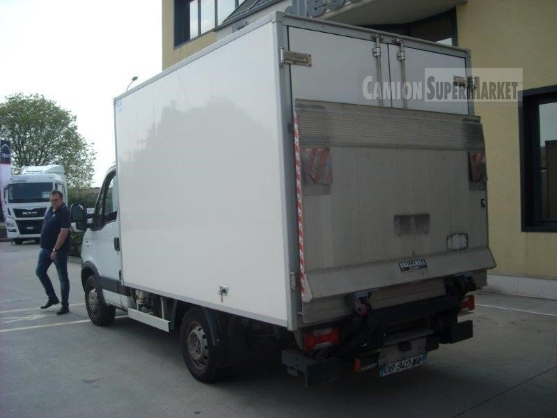 Iveco DAILY 35S15 used 2013
