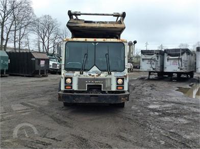MACK MR688S Heavy Duty Trucks Auction Results - 3 Listings