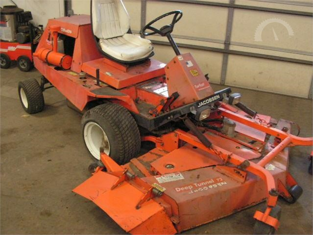 Lot # 11035 - JACOBSEN TURFCAT T422D