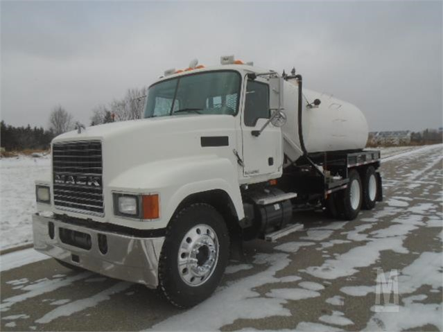 MarketBook co tz | 2009 MACK PINNACLE CHU613 Auction Results