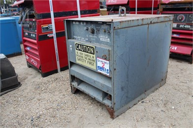 Lincoln Electric Welders Auction Results - 25 Listings