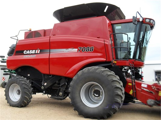 2011 Case Ih 7088 - Farm Machinery for Sale
