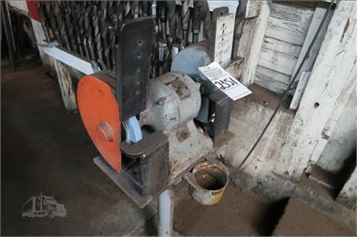 1/3 HP/1800 RPM SINGLE PHASE DOUBLE END GRINDER Other Auction
