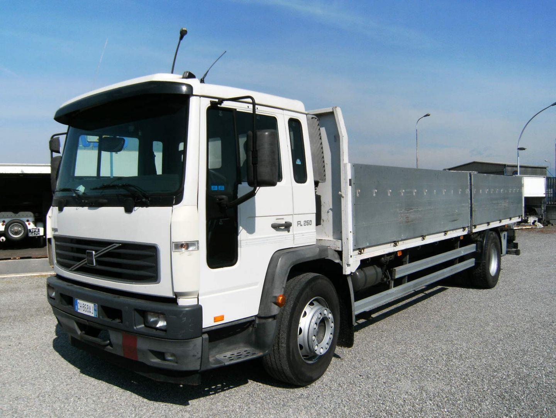 Volvo FL6.250 Usato