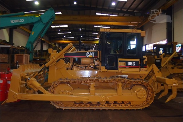2004 CAT D6G For Sale In Singapore, N/A Singapore