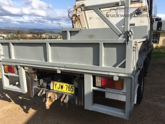 2002 Custom Service Body - Truckworld.com.au - Truck Bodies for Sale