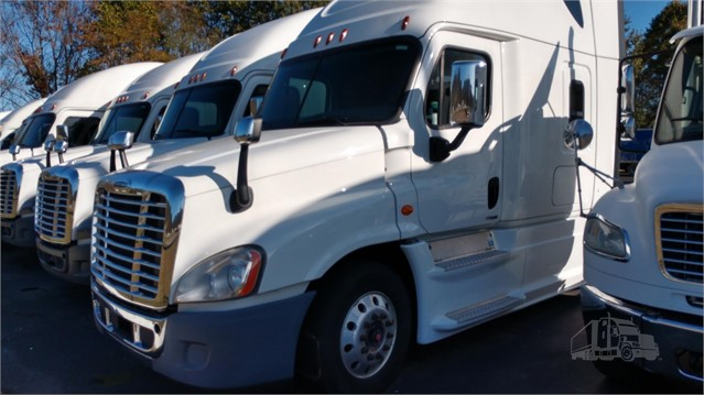 2017 FREIGHTLINER CASCADIA 125 EVOLUTION For Sale In Canton