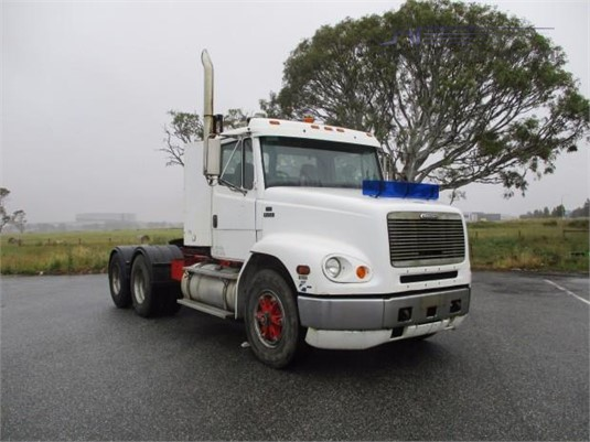 1998 Freightliner FL112 - Trucks for Sale