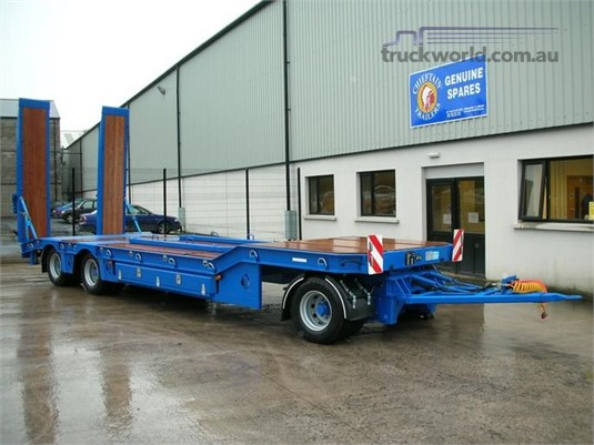 2019 Chieftain 3 Axle Turntable Trailer - Trailers for Sale