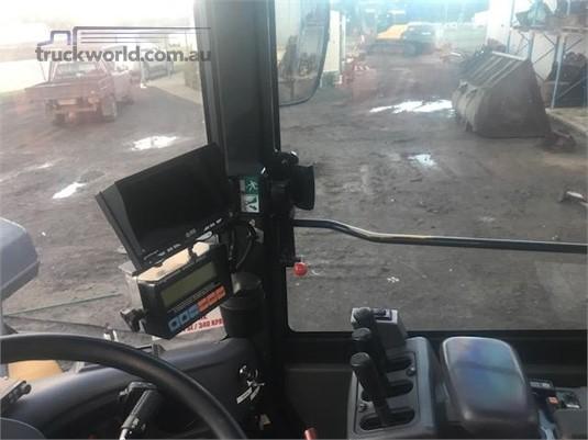 2010 Komatsu WA320PZ-6 - Truckworld.com.au - Heavy Machinery for Sale