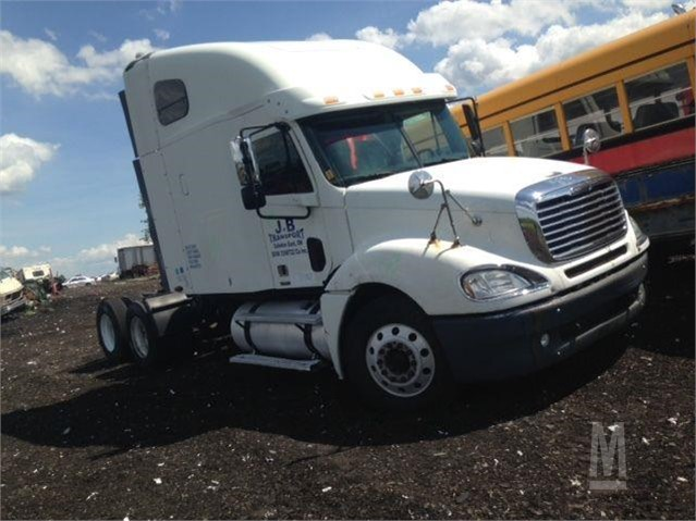 2005 FREIGHTLINER COLUMBIA 120 For Sale In Peterborough, Ontario Canada