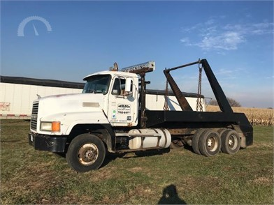 MACK Roll-Off Garbage Trucks Auction Results - 29 Listings