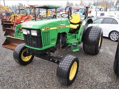JOHN DEERE 5210 Auction Results - 2 Listings