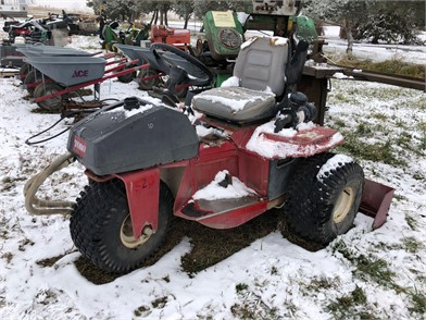 5 Toro Sand Pro 5000 Other Auction Results In Washington - 1