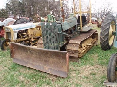 DEERE Crawler Dozers Auction Results - 223 Listings