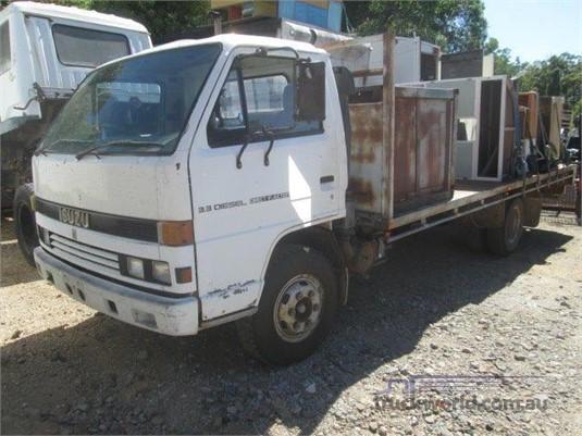 1993 Isuzu NKR - Wrecking for Sale