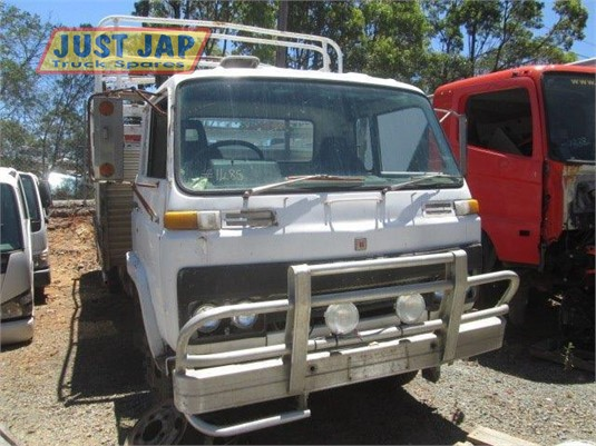 1983 Isuzu SCR Just Jap Truck Spares - Trucks for Sale