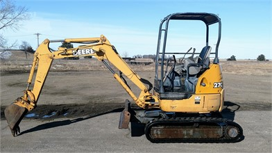 DEERE 27C ZTS Auction Results - 16 Listings