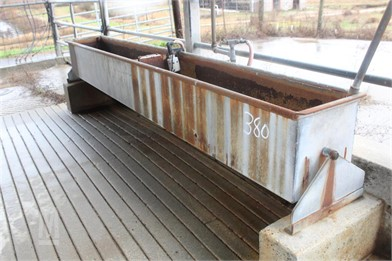 LOT OF (4) METAL WATER TROUGHS Other Auction Results - 3
