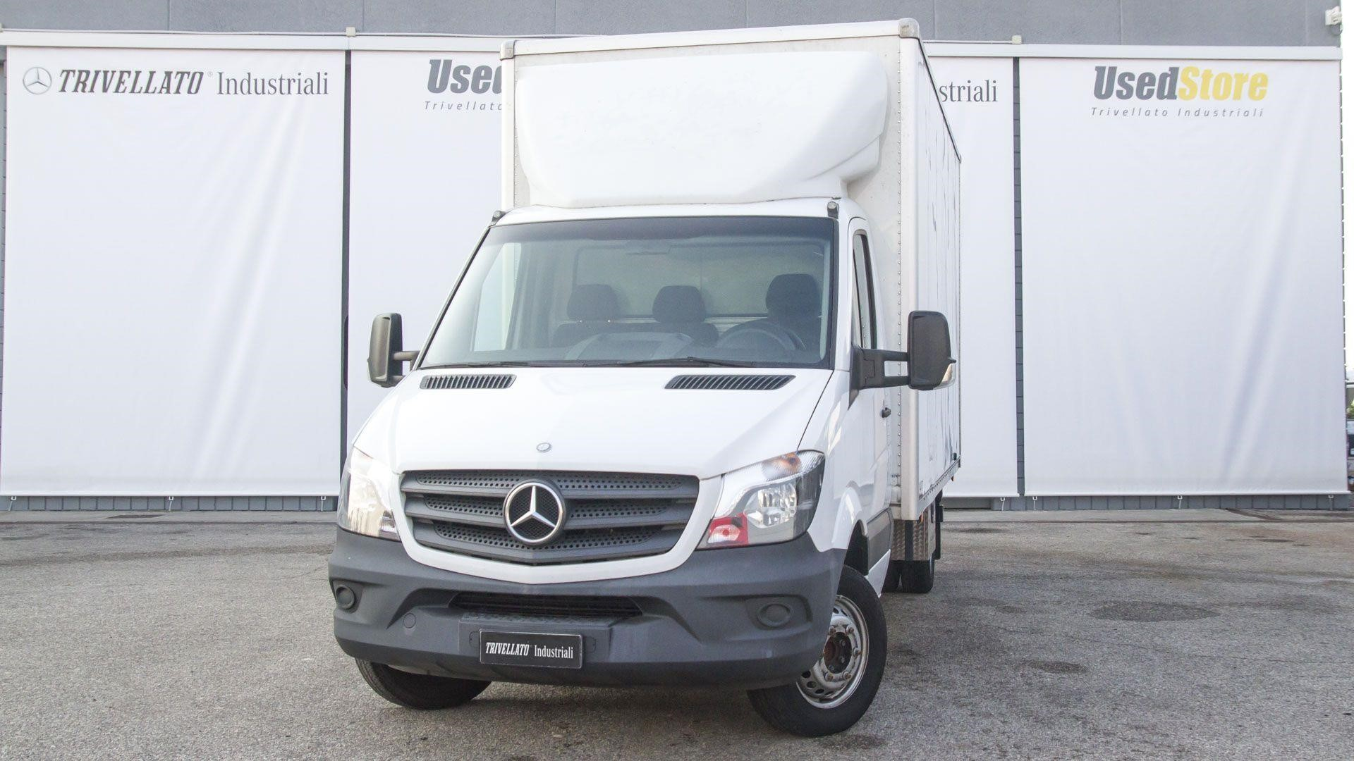 Mercedes-Benz SPRINTER 413