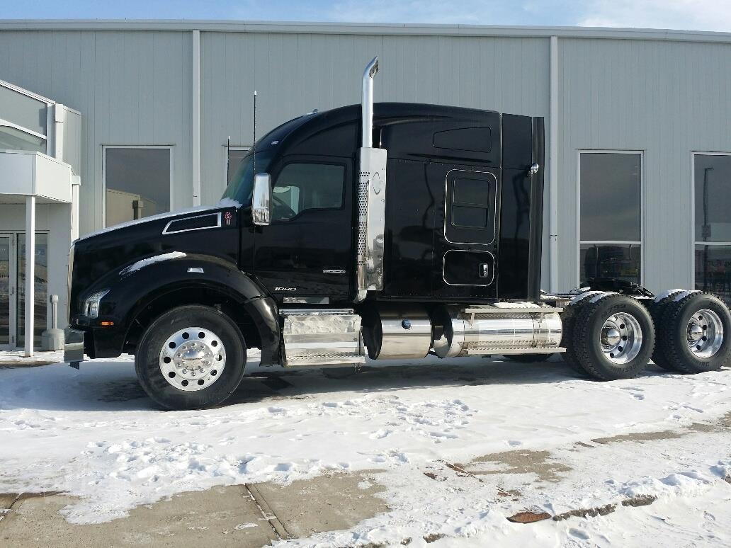 2019 KENWORTH T880 For Sale In Winnipeg, Manitoba Canada   www ...