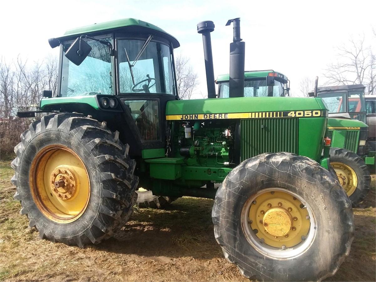 John Deere 4050 Tractor Wiring Harness Antique Case On Lawn