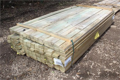 Lot Of 2X4x8 Boards Other Auction Results - 1 Listings