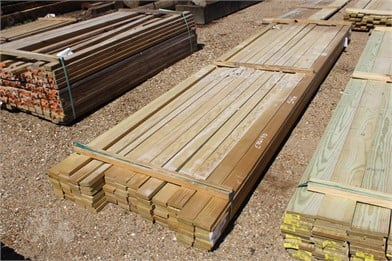 LOT OF (87) 54X4X14 D & BTR BOARDS Other Auktionsergebnisse
